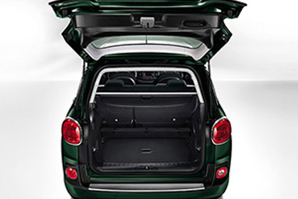 Fiat Living 500L Automatic - car rental crete prices baggage