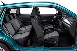 Suzuki Vitara inside car - rent a car crete prices